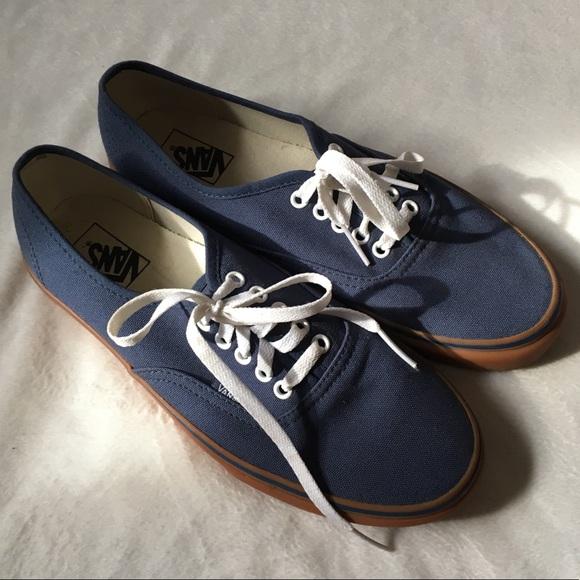 b95a5548e828 Men s Navy Blue Gumsole Classic Vans. M 5ac152f79d20f0b4f90717c4